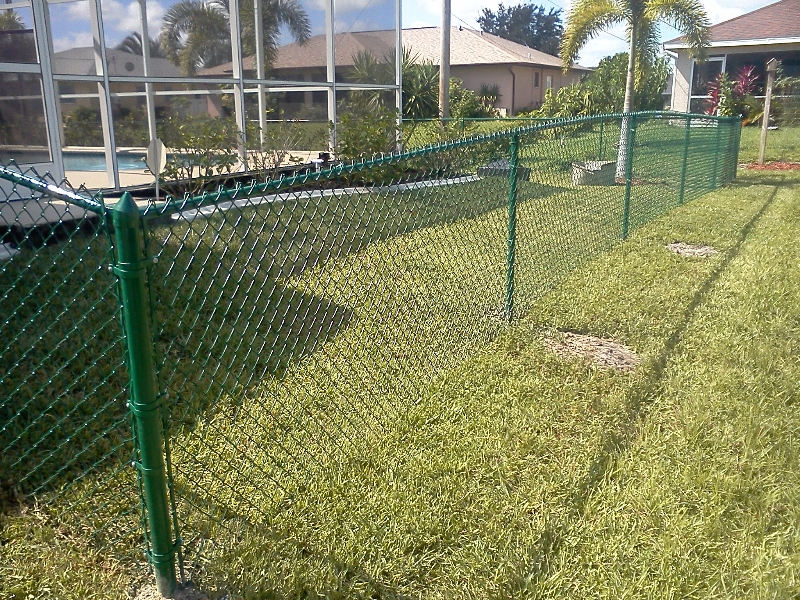 Cape coral chain link fence and fort myers