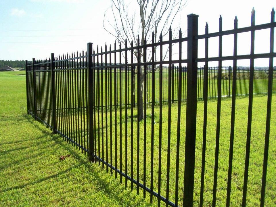 Cape Coral Aluminum Fence | Wood, Vinyl, And Aluminum Fences